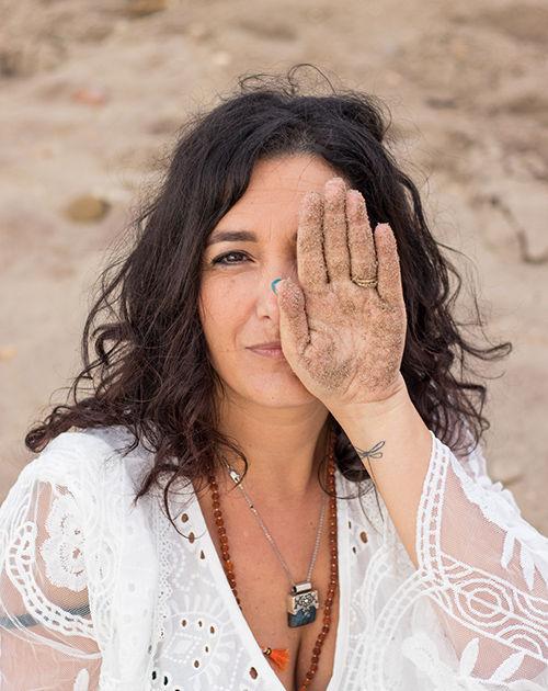Donna Libellula, il percorso che integra l'Ombra per rinascere nella Luce, libera, fiera, potente